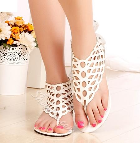 Fashionable Black Cut-Outs Flat Heel Sandals